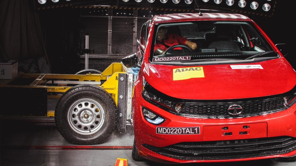 Tata Altroz crash test